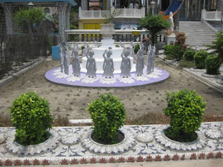Glass Garden with Iron Carvings Parasnath temple Kolkata
