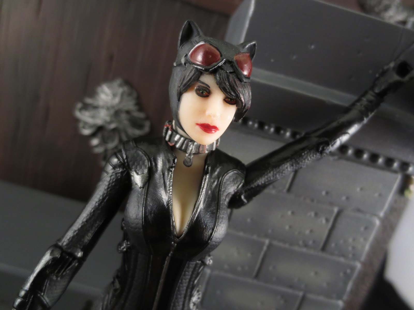 Action Figure Review Catwoman From Batman Arkham Knight By DC Collectibles