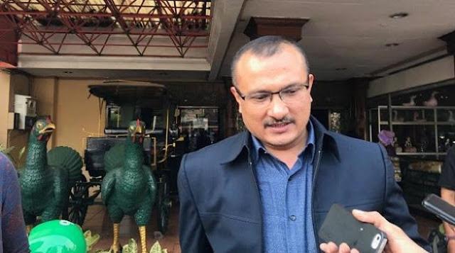 KPK Lambat Geledah di Kasus Komisioner KPU, Ferdinand: Ini Lelucon Sampah!