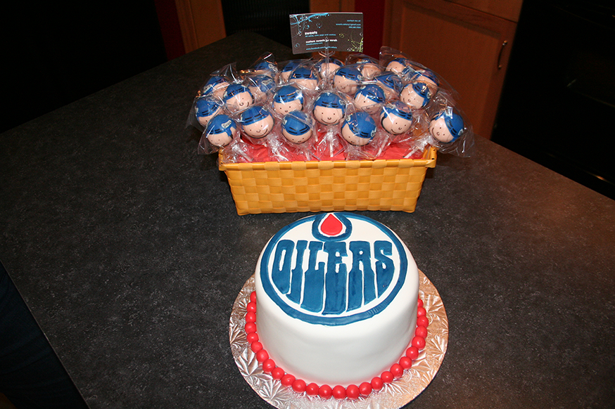 Pin Coolest Oilers Birthday Cake 16 Cake On Pinterest
