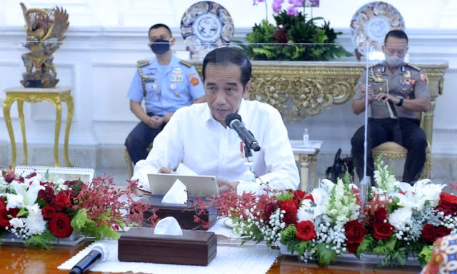 Jokowi Minta TNI-Polri Awasi Ketat Penggunaan Masker di Tempat Umum