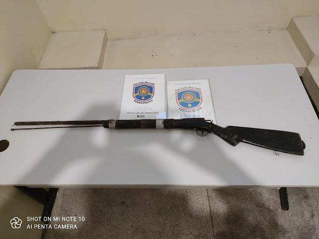 PM apreende arma de fogo na zona rural de Pesqueira, PE