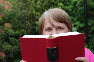 Author Catherine Lodge