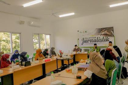 Rektor IAINU Mewadahi Bakat Menulis Mahasiswa Melalui iainuonline