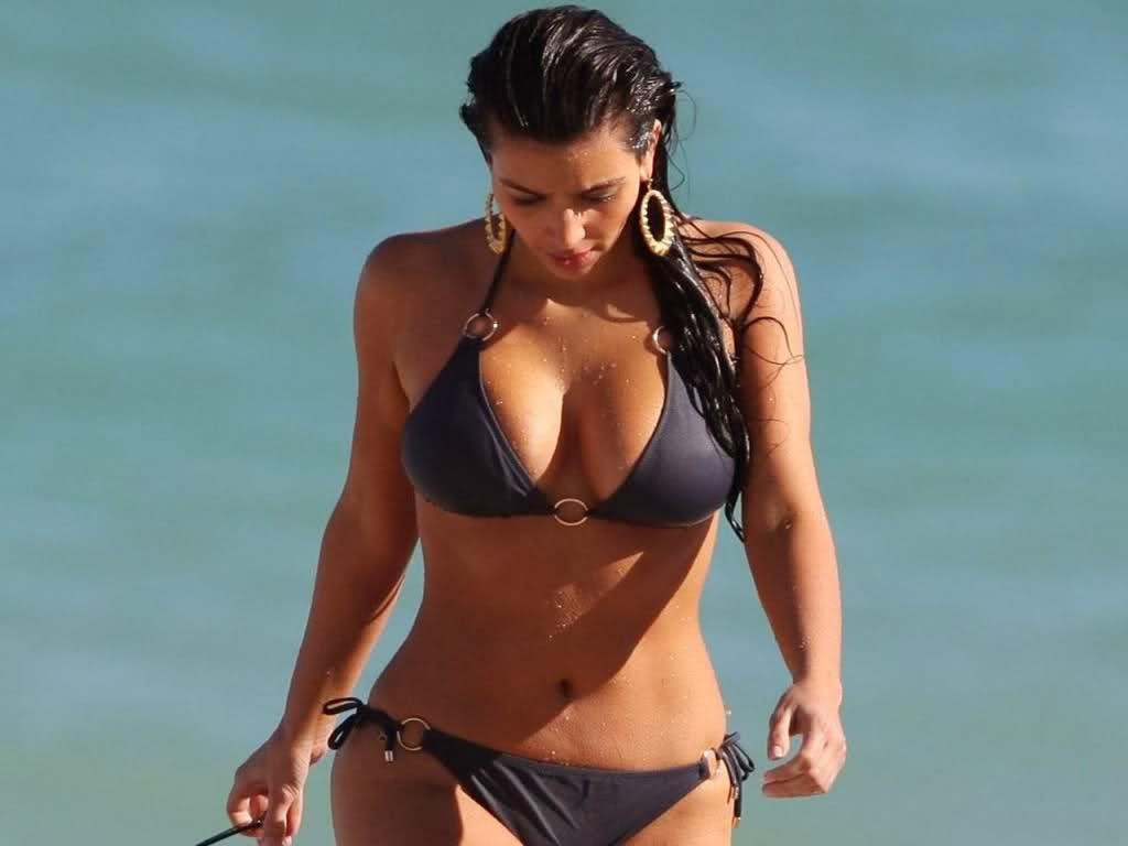 Kim Kardashian Sexy Images