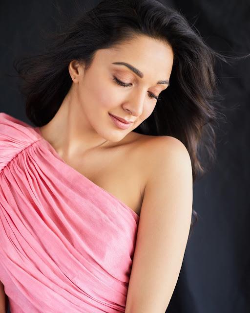 Kiara Advani hot pics - hot bollywood actress images