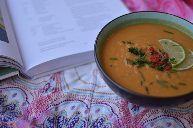 porkkana-bataattikeitto, keitto, kasvisruoka, thai, arkiruoka