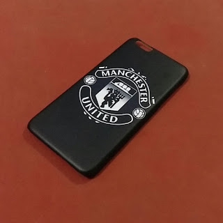 Custom Case Manchester United warna hitam doff