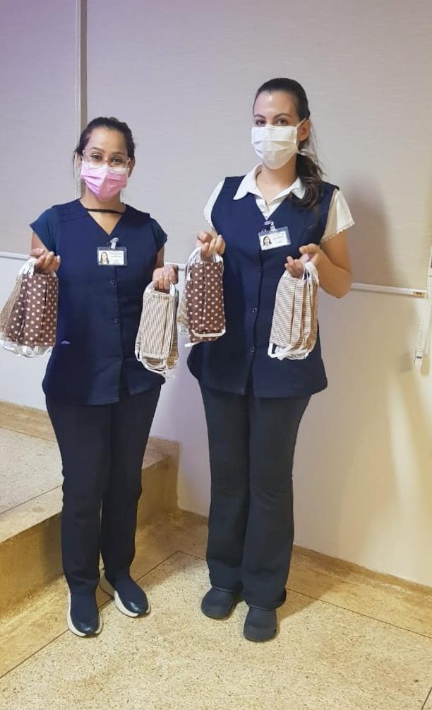 Coronavírus: Voluntárias confeccionam máscaras infantis para exercitar crianças internadas à prevenção