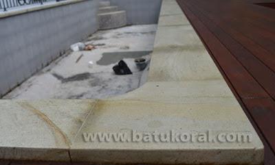 batu alam untuk kolam renang