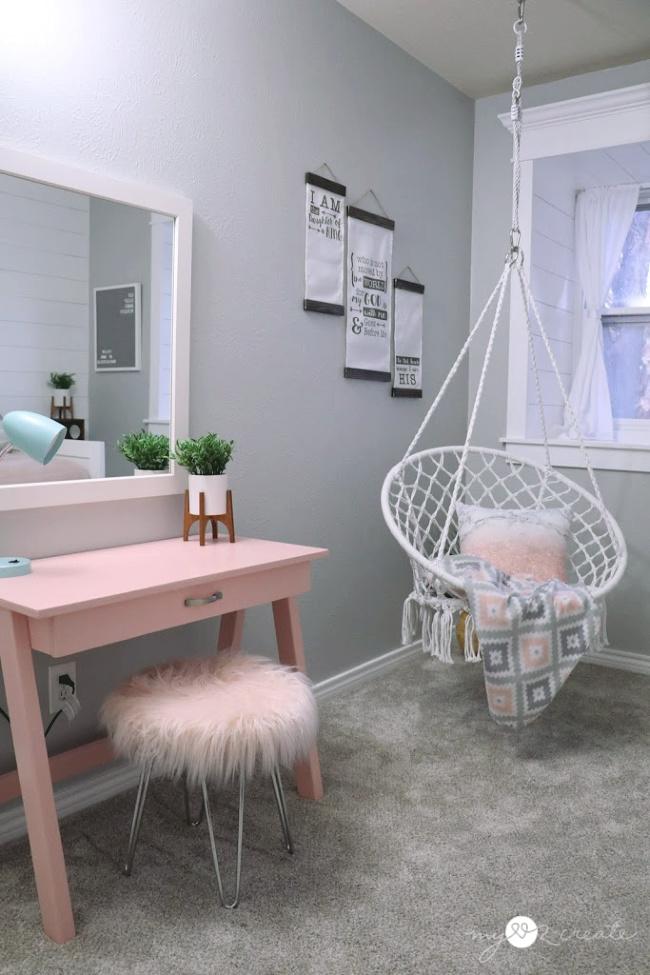 Desk Side of room after, MyLove2Create