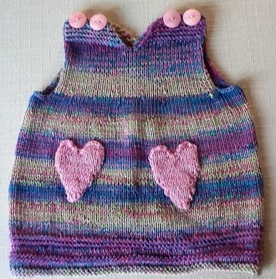 sukienusia dla noworodka