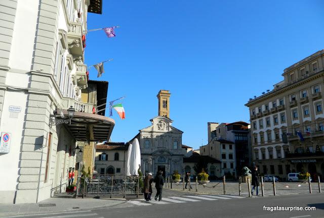 Florença - fachada da Igreja de Ognisanti (Todos os Santos)