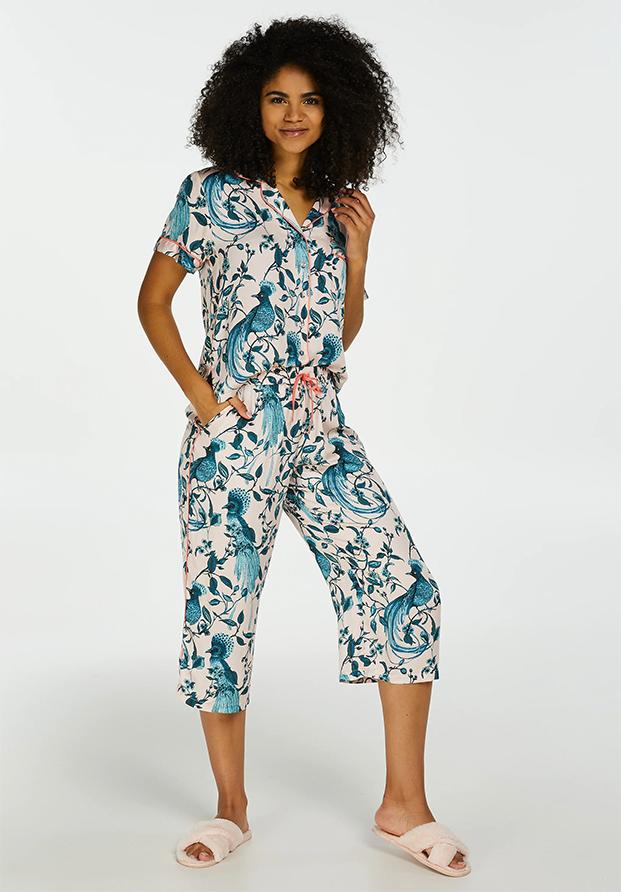 Pijama capri de pavos reales