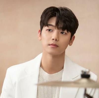 Biodata Kang Min Hyuk, Agama, Drama Dan Profil Lengkap