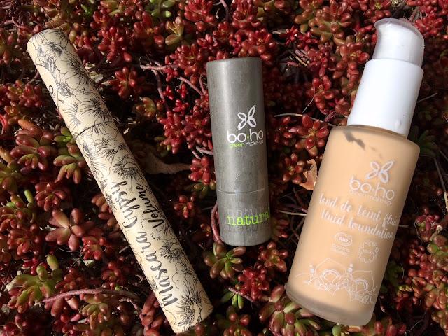 Makijaż z marką Boho Green Make Up - fluid, maskara oraz pomadka do ust
