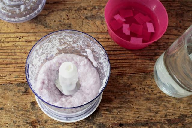 come-fare-fogli-carta-riciclata-pasta-colorata
