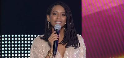 Taís Araújo apresentando o Pop Star; atriz foi escalada para interpretar cientista no cinema