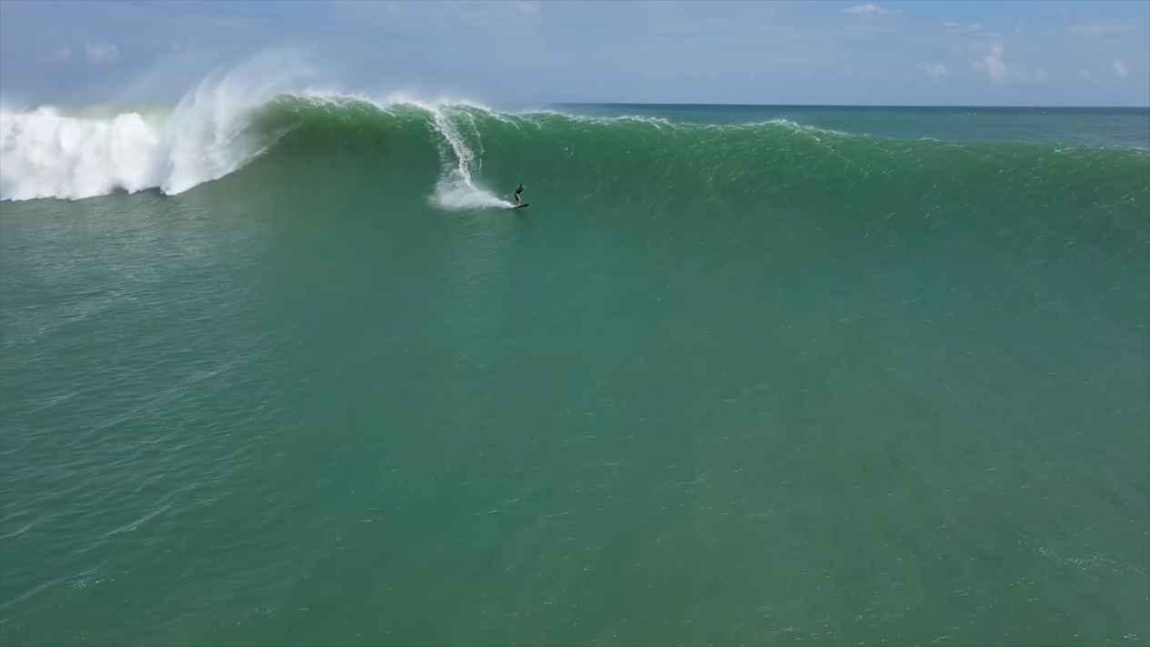 Monster Swell - Uluwatu - Surfing Bali Aug 1st 2021