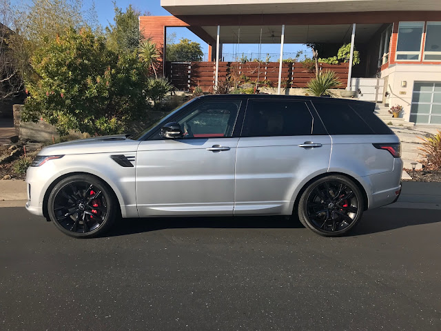 Side view of 2019 Range Rover Sport HST MHEV