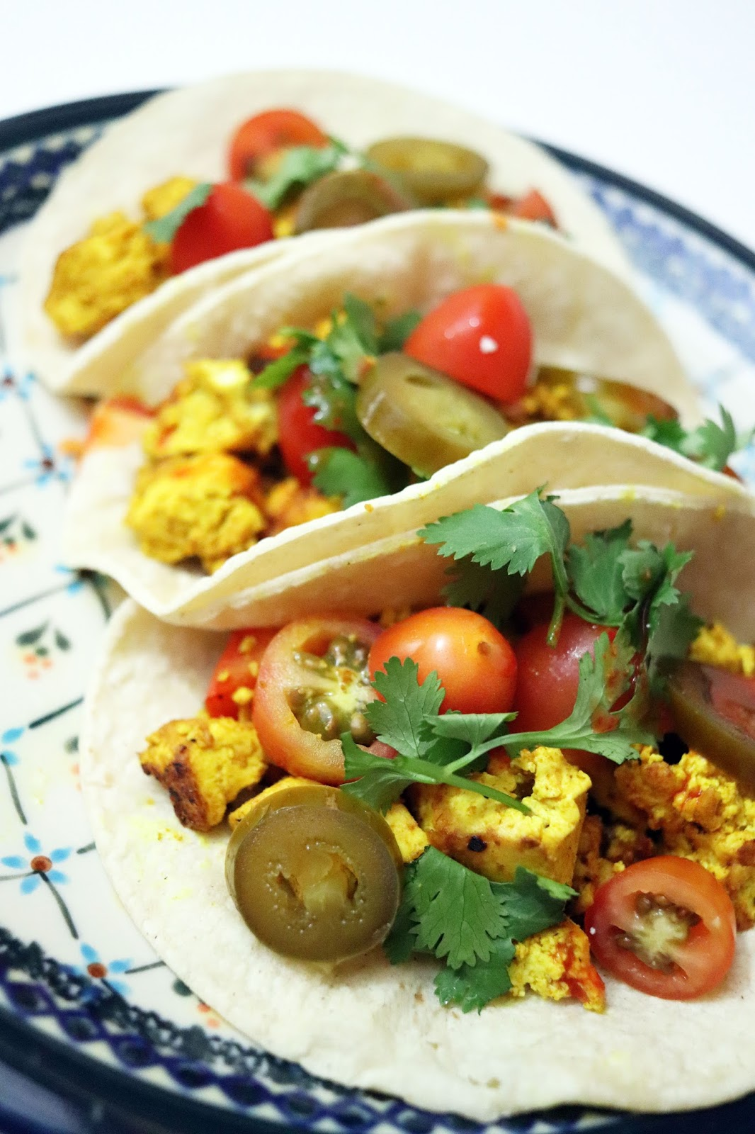 vegan tofu breakfast tacos