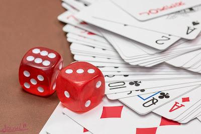 لعبة القمار ورق