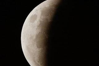 Eclipse lunar acontece nesta terça e poderá ser visto em toda Paraíba