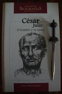 Portada del libro Julio César: El hombre y su época, de Javier Cabrero Piquero