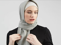 Tips Perpaduan Busana Muslim dan Hijab