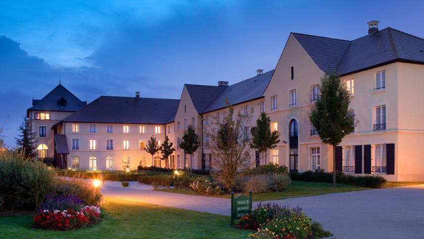 Hotel Campanile Val De Europe
