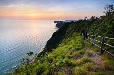 Bukit Keluang merupakan tempat yang cantik untuk melihat sunrise