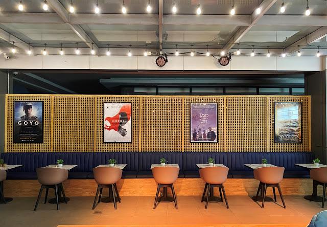 Cinema '76 Cafe Anonas - Interior