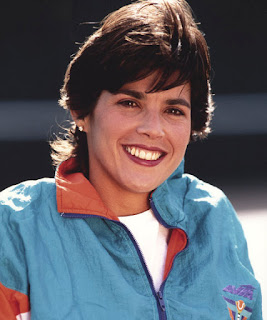 Gigi Fernandez With Her Charming Smile