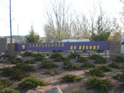 Lamplighter RV Resort monument sign