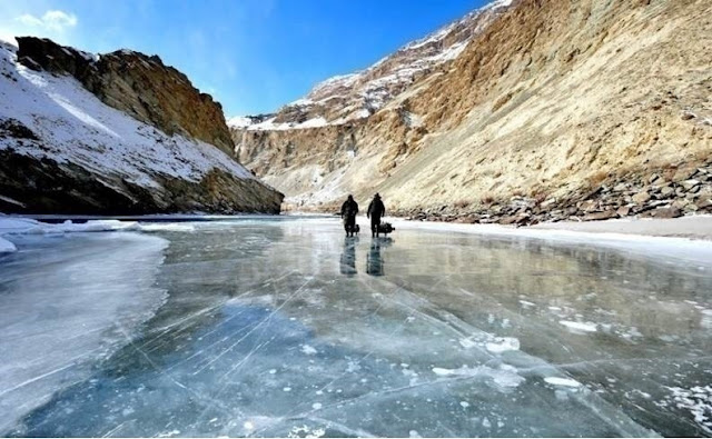 top-romantic-beautiful-locations-in-india-to-propose-wedding-leh-ladakh