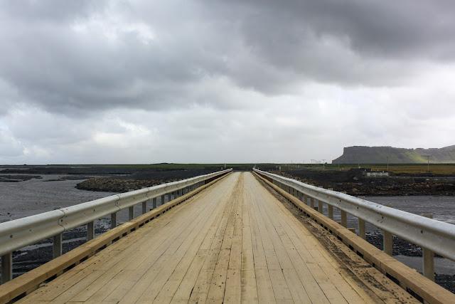Puente provisional en Islandia