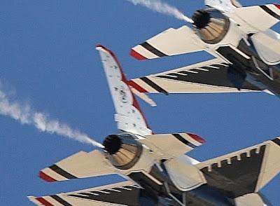 jet pesawat terbang penerapan hukum 3 newton