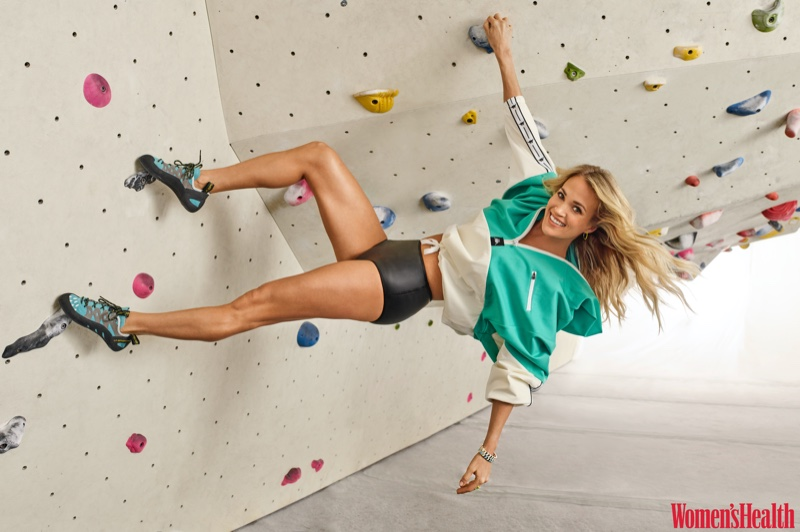 Carrie Underwood wears Kappa pullover, Dos Gardenias bottoms and La Sportiva shoes