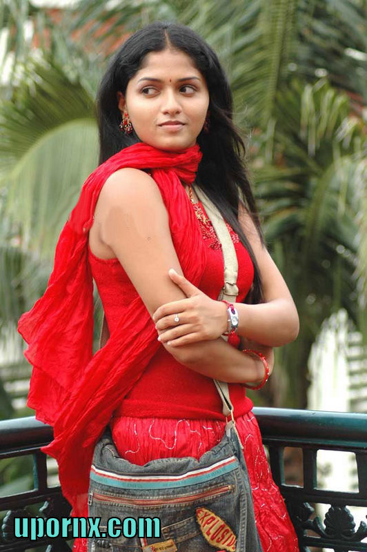 South Indian Actress Blue Film Cute Actress Sunaina Images-2268