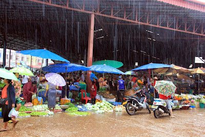 Markttag Pakse - Laos