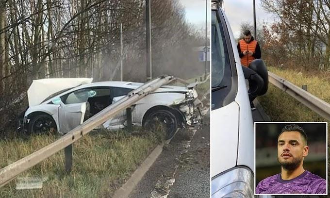 حارس مانشستر يونايتد ينجو من حادث مروع بسيارة لامبورجيني الفاخرة