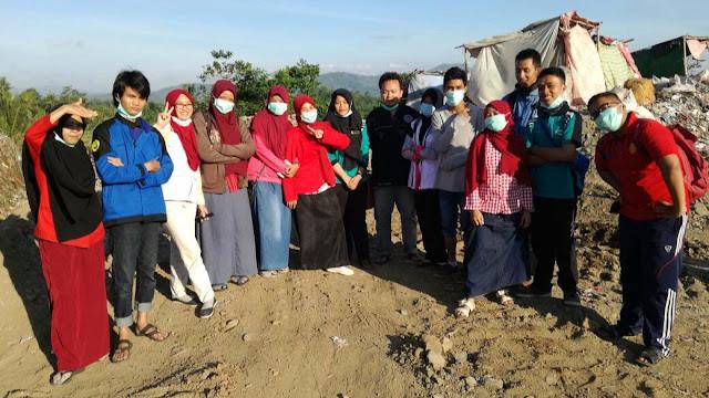 Sedekah Kaget IMM Universitas Jember Untuk Pemulung Pakusari
