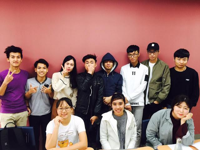 Sinh viên Việt Nam học tại đại học Dong A Hàn Quốc
