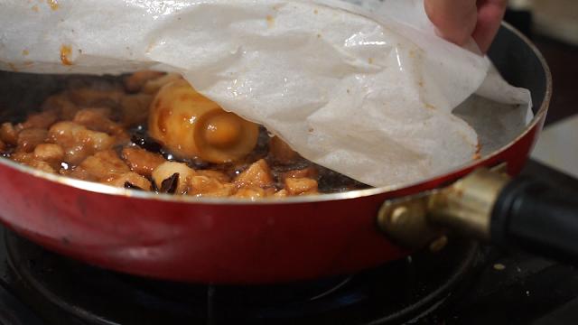30分煮込んだ後の魯肉飯