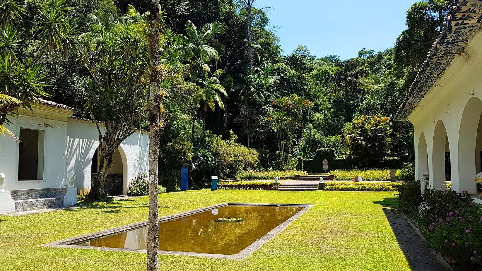 Jardim do Museu do Açude no Rio de Janeiro.