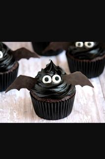 Halloween Bat cupcake