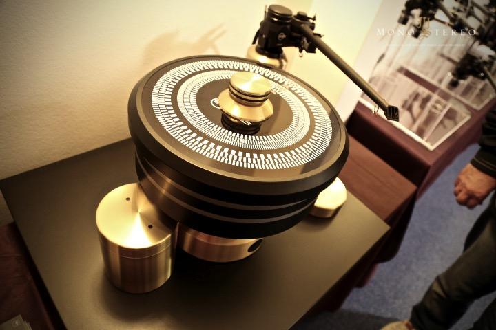 Mono and Stereo High-End Audio Magazine: Kuzma 4Point 14