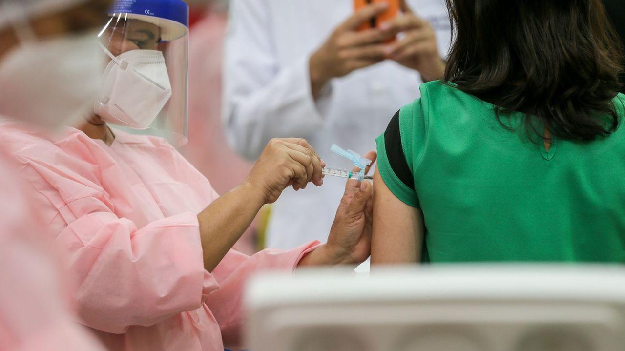 Estado de SP supera marca de 200 mil pessoas vacinadas contra COVID-19