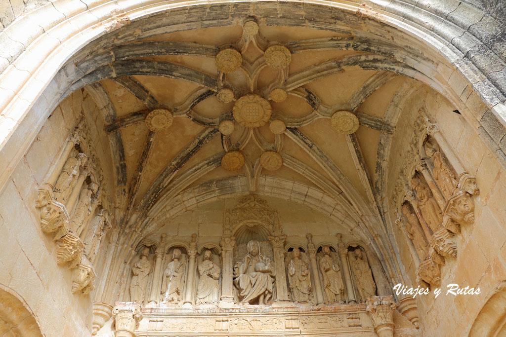 Pórtico Iglesia de San Lorenzo de Zorita del Páramo