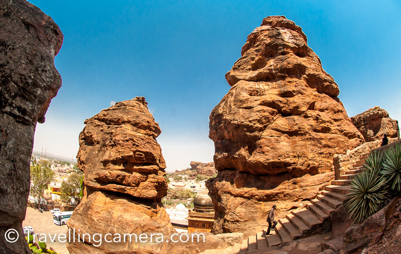 You can notice a mosque between these 2 rocky mountains. It's called Mosque of Badami in Karnataka state of India.  This is close to the entry gate of Cave temples and the bus stand.